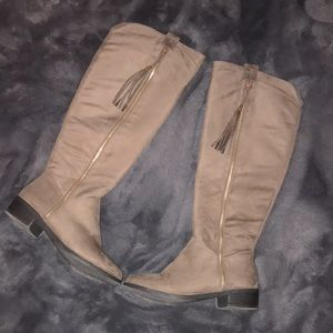 TOP Moda Knee High Suede Light Tan Boots-Sz-8.5